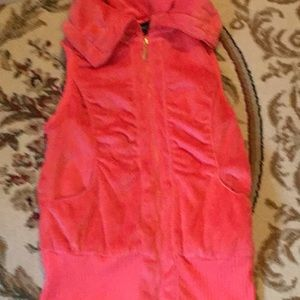 tally weijl Other - Ladies size medium fuzzy zip front vest